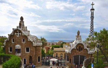 a view of barcelona from gaudi's parc guell