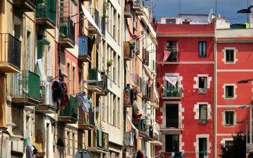 the best area to stay in barcelona balconies